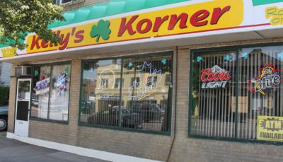 Chicken Wing Review/QB Comparison: Kelly's Korner