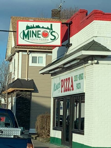 Chicken Wing Review/QB Comparison: Mineo's South Pizzeria