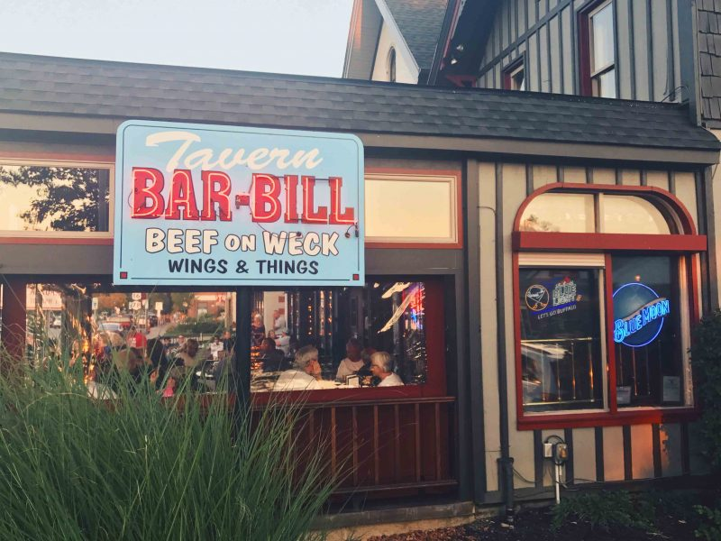 Chicken Wing Review/QB Comparison: Bar Bill