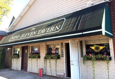 Chicken Wing Review/QB Comparison: Nine Eleven Tavern