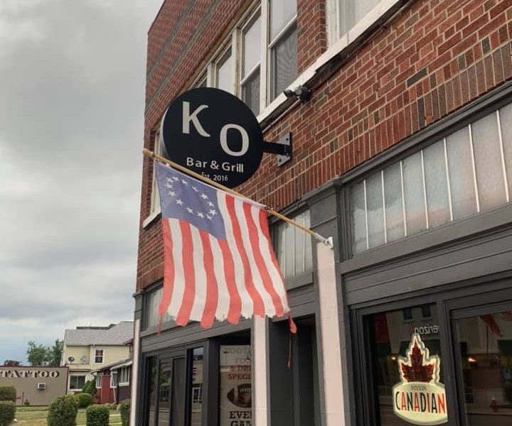 Chicken Wing Review/QB Comparison:  KO Sports Bar & Grill
